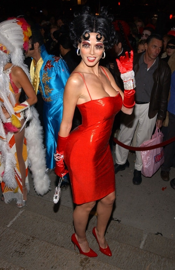 supersexy-halloween-costumes-ideas-for-hot-women