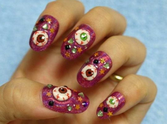 80+ Ghostly Halloween Nail Art Designs For 2021