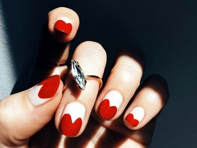 38 Cute & Trending Valentines Day Nail Art Designs