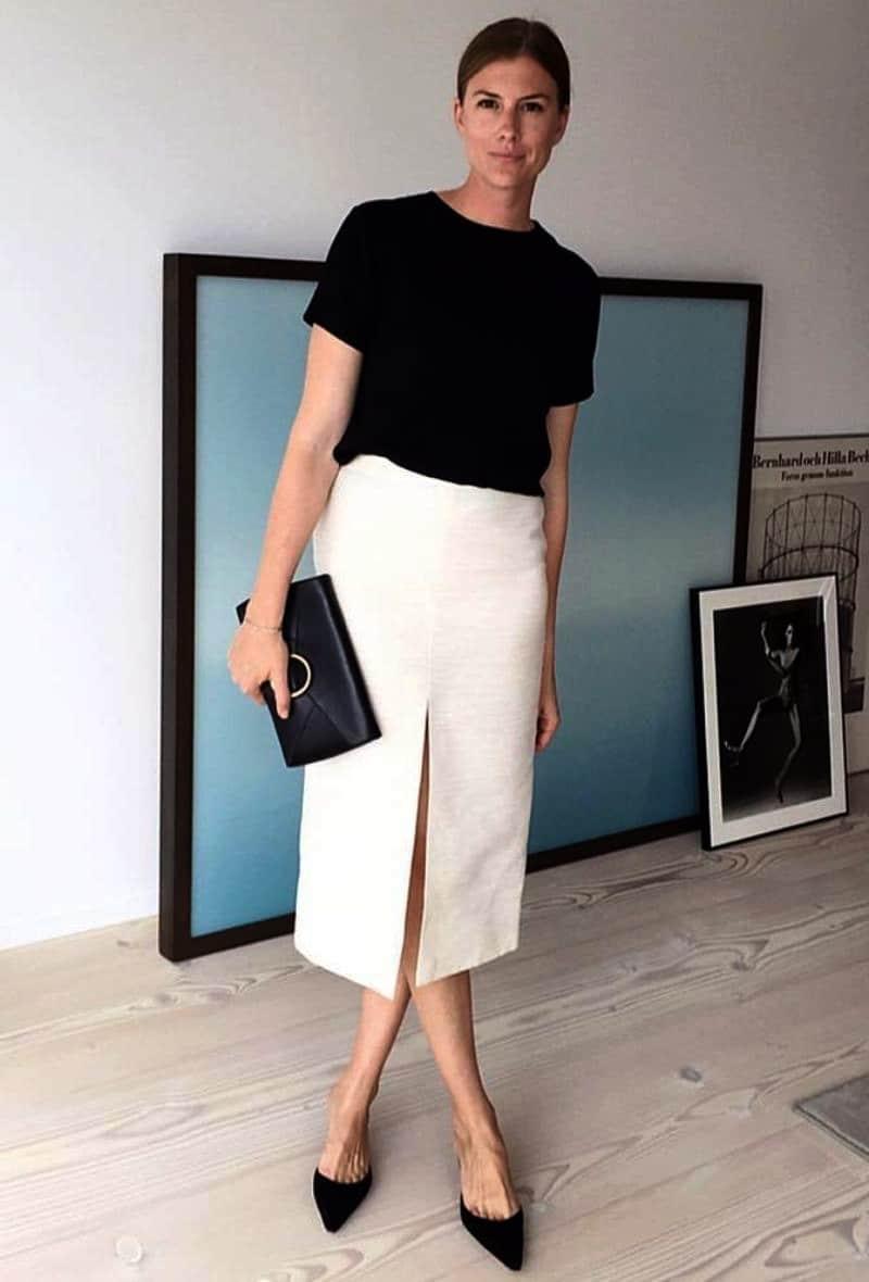 Slit pencil skirt for work
